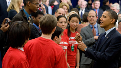 Obama greets students